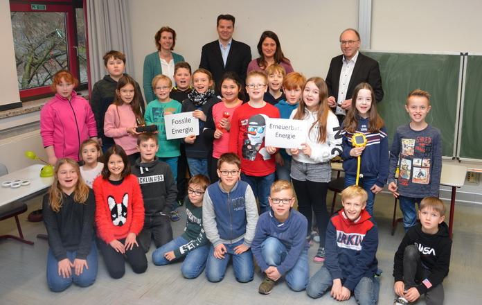 Spiel, Spaß und Lernen - Umweltunterricht in der Johannesschule - Stadtwerke Soest - Liz - Sparkasse SoestWerl